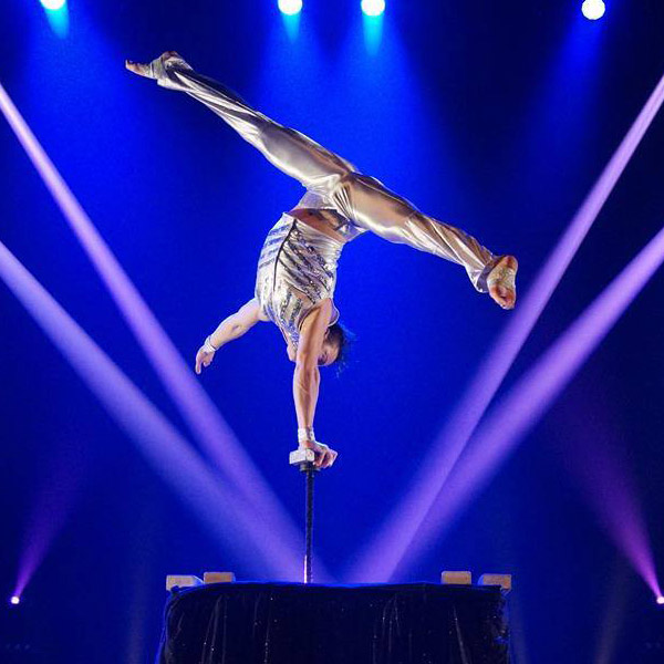 performeur acrobate